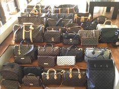 Louis Vuitton Speedy Bag, Louis Vuitton Damier, Handbag Accessories, Luxury Lifestyle, Designer Handbags, Purses And Bags, Toms, Babies, Nike