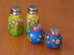 polymer clay salt and pepper shakers by c*a*r*o*l*y*n, via Flickr