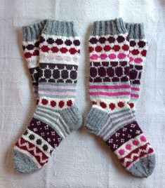 Marimekkosukat Wool Socks, Knitting Socks, Finland, Knits, Knit Crochet, Diy Crafts, Projects, Accessories, Inspiration