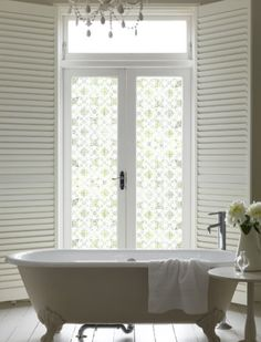 Gorgeous bathrooms : Sarah Gordon Home