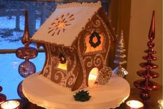 Local baker makes an amazing gingerbread creation.