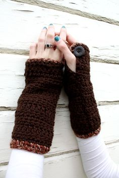 Wrist Warmers - Crochet Wristwarmers - Arm Warmers - Brown - Buttons. $32.00, via Etsy.