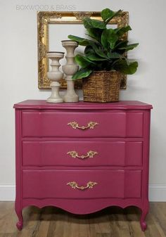 The French Provincial Dresser Makeover Game - Pecansthomedecor Refurbished Furniture, Paint Furniture, Repurposed Furniture, Furniture Makeover, Vintage Furniture, Cool Furniture, Furniture Ideas, Salon Furniture, Modern Furniture
