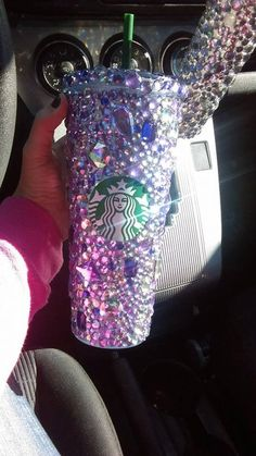 DESCRIPTION: This is a Venti size mug. Acrylic crystals are used for this design. AUTHENTIC: Made only with authentic Starbucks mugs! It is a BPA-free plastic cup. It is not a paper cup! All our mugs are purchased directly Bebidas Do Starbucks, Copo Starbucks, Starbucks Secret Menu Drinks, Custom Starbucks Cup, Starbucks Tumbler, Starbucks Cup Sizes, Cute Cups, Glitter Cups, Frappuccino