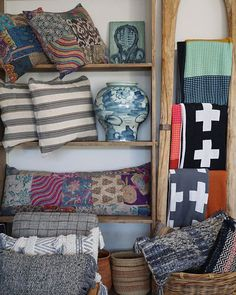 Bring some color into your home with our unique collection of throws pillows and baskets! Open from today. Baskets, Throw Pillows, Bed, Unique, Color, Collection, Instagram, Home, Cushions