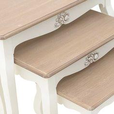 Ξύλινο τραπέζι σε λευκό μπεζ χρώμα..!! Μια ρομαντική πρόταση για τη διακόσμηση  του σπιτιού σας..!! Σετ 3 τεμαχίων..!! Wooden table in white beige color..!! #τραπεζι #ξυλο #σετ #λευκο #μπεζ #table #wooden #set #white #beige #home #homeart #art #homedesign #design #homedecor #decor #gift #giftcollection