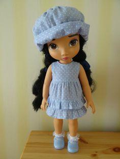 robe courte été + chapeau de soleil