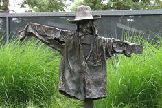Bronze scarecrow - one of the many wonderful bronze sculptures that were on display at the Royal Botanical Gardens. Garden Crafts, Garden Art, Garden Statues, Garden Sculptures, Metal Yard Art, Real Dog, Public Garden, Bronze Sculpture, Wonders Of The World