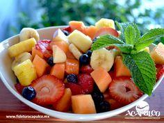 """#gastronomiademexico Comienza el día con los ricos desayunos de 100% Natural en Acapulco. GASTRONOMÍA DE MÉXICO. Si eres de las personas que les gusta comer sano, 100% Natural es para ti, ya que cuenta con deliciosos desayunos como sus """"Perfectos de frutas"""" que te encantarán y que son ideales para comenzar el día naturalmente. Te invitamos a visitar la página oficial de Fidetur Acapulco, para obtener más información."""