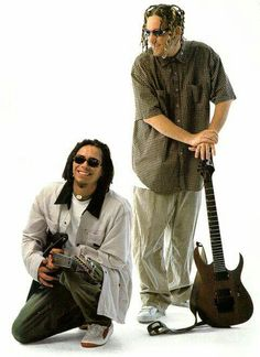 OLD SKOOL HEAD AND MUNKY ...these guys that told me to play ibanez... hahaha...olden days of 1999. so sick!