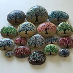 #artrocks #beautifulstones #beachstone #forest #happy #hobby #happyrocks #instaart #instaartist #iloverocks #ilovetrees #lovelife #malesten #naturerocks #paintingrocks #paintedrocks #rocksROCK #rockpainting #stoneart #tree #trees #treeoflife
