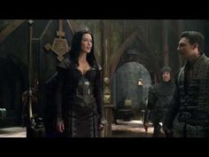 """SPOILERS for episode """"Torn"""".Kahlan being the BAMC on her return to Aydindril! None of this belongs to me; I am just sharing the Seeker love. Spiderwick, Shannara Chronicles, Red Riding Hood Costume, Dragon's Lair, Frank Frazetta, Story Characters, How To Train Your Dragon, Story Inspiration, Getting Out"""