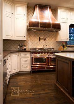 Tuscan kitchens – Mediterranean Home Decor Inset Cabinets, Kitchen Cabinets, Kitchen Appliances, European Kitchens, Tuscan Kitchens, Kitchen Drawing, Ranch Kitchen, Mediterranean Home Decor, Contemporary Kitchen Design