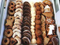 Christmas Sweets, Christmas Candy, Christmas Baking, Sweet Desserts, Sweet Recipes, Dessert Recipes, Healthy Cake, Winter Food, Sugar Cookies