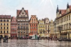 Find out why I've fallen in love with Wroclaw in Poland, a beautiful city with stunning architecture, good food and plenty of things to do. High Road, Rural Area, Wish You Are Here, Falling In Love, Travelling, Places To Go, Russia, Buildings, Travel Photography