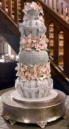 Luxury Weddings I Do!LadyLuxury wedding cakes cakes elegant cakes rustic cakes simple cakes unique cakes with flowers Beautiful Wedding Cakes, Gorgeous Cakes, Pretty Cakes, Amazing Cakes, Silver Wedding Cakes, Unusual Wedding Cakes, Indian Wedding Cakes, Silver Cake, Unique Cakes