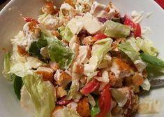 Σαλάτα της φοιτήτριας Pasta Salad, Cobb Salad, Greek Recipes, Food Network Recipes, Potato Salad, Cabbage, Recipies, Food And Drink, Potatoes