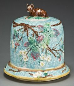 English Majolica pottery cheese dome on stand :