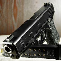 Glock 17 Macro by ZORIN DENU, via Flickr