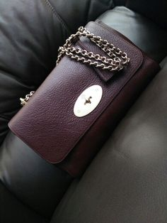 Mulberry medium lilly ghw .oxblood