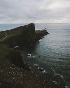 How far west can you go before it becomes east? Well quite far more west than Neist Point but Id  Landscapes photo by regnumsaturni http://rarme.com/?F9gZi