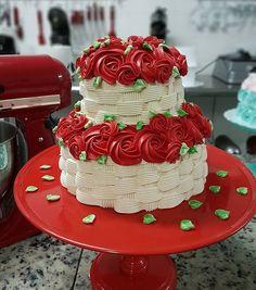 Aula finalizada 😍 ! Obrigada Simone Izume @chocolatria_ por toda recepção e carinho. 😙🌹👏 #cursodamah #gordices #gordicesdamah #módulobásico #instafood #cake #cakedecorating #nutella #ferrerorocher #15anos #noivado #debutante #cumpleaños #festejarcomamor #festa #sugar