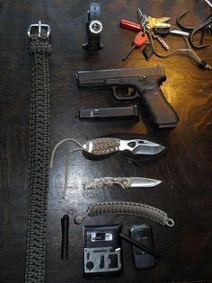 WeLiveForWeapons.com - Every day carries and EDC tools, gear and keychains.