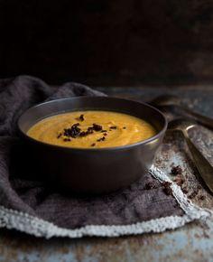 Talvinen bataattikeitto on mausteinen lohturuoka Soup Recipes, Healthy Recipes, Tasty, Yummy Food, Food Tasting, Food Inspiration, Sweet Potato, Salads, Food And Drink