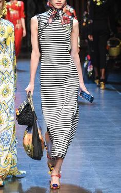 Dolce & Gabbana Spring Summer 2016 Look 50 on Moda Operandi