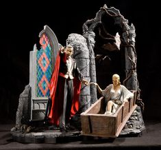 Now THIS is a cool Dracula model kit! Monster Toys, Monster Party, Monster Garage, Horror Films, Horror Art, Statues, Hollywood Monsters, Sci Fi Models, Famous Monsters