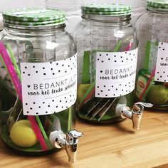 gifts for significant other Diy Gifts, Best Gifts, Diy And Crafts, Crafts For Kids, Presents For Teachers, Mason Jar Wine Glass, Birthday Presents, Gift Baskets, Teacher Gifts