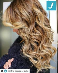 The best gift _ Degradé Joelle #cdj #degradejoelle #tagliopuntearia #degradé #igers #musthave #hair #hairstyle #haircolour #longhair #ootd #hairfashion #madeinitaly #matera #matera2019 #sassimatera
