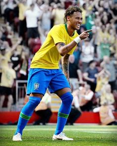 Brazil Football Team, Football Soccer, Neymar Brazil, Neymar Pic, Victoria Justice, Best Player, Football Players, Messi, Superstar