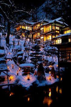 Winter in Japan Snow Scenes, Winter Scenes, Winter In Japan, Snow Japan, Japan Japan, Beautiful World, Beautiful Places, Japanese Architecture, Winter Wonder