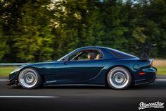 Mazda RX7-12