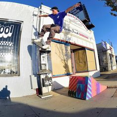 """Independent Trucks (@independenttrucks) sur Instagram: """"@8ballr #AllDay Video Part playing over at the Indy YouTube channel go see what it's like to hang…"""""""