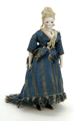 1067: German Fashion Doll : Lot 1067