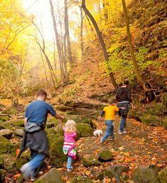 Gorgeous hikes in Utica, Illinois: Matthiessen State Park.