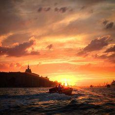 #sunset over #marghera #venice #Italy #molinostucky #giudecca #tramonto #venezia #ilovevenice #instavenice (at Canale Della Giudecca)