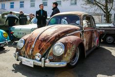 slammed VW Oval Beetle with Patina