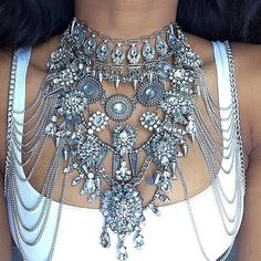 Can you say Statement Piece?   This piece of jewelry seems a cross between a necklace and body armor and I think it's great!