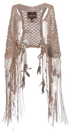 Fringe sleeveless jacket in hippie style. For more follow www.pinterest.com/ninayay and stay positively #pinspired #pinspire @ninayay