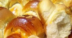 Tzeni Tsanaktsidou ΠΟΛΥ ΠΟΛΥ ΑΦΡΑΤΑ ΑΛΜΥΡΑ ΚΡΟΥΑΣΑΝΑΚΙΑ!!!!! ΣΥΝΤΑΓΗ ΜΕΤΡΑΜΕ ΜΕ ΤΟ ΙΔΙΟ ΠΟΤΗΡΙ ΤΑ ΥΛΙΚΑ: 2 ποτηρια γαλα χλιαρο, 1 π... Bread, Baking, Ethnic Recipes, Food, Brot, Bakken, Essen, Meals, Breads