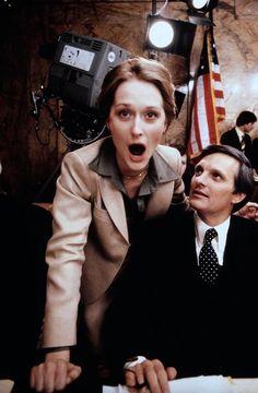 Meryl Streep and Alan Alda on the set of The Seduction of Joe Tynan | Rare and beautiful celebrity photos