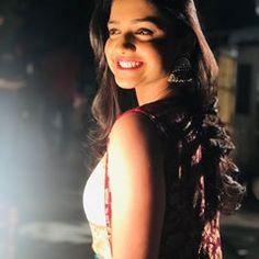 A Smile Can Brighten The Darkest Day! Beauty Full Girl, Beauty Women, Hd Photos, Girl Photos, Beautiful Girl Photo, Beautiful Women, Actress Pics, India Beauty, Beauty Queens