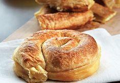 τυρόπιτες Greek Pita, Cheese Pies, Food Categories, Greek Recipes, Bagel, Bread, Cooking, Kitchen, Cheesecakes