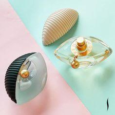 Assim como a moda KENZO, a fragrância Kenzo World mistura tendências e gêneros criando um perfume icônico. A versão Eau de Toilette é… Perfume Kenzo, Ari Perfume, Kenzo World, Pearl Earrings, France, Pearls, Random, Instagram, Jewelry