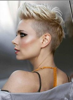 50 Hottest Pixie and Bob Hairstyles for 2019 - - Short Hairstyles - Hairstyles 2019 Messy Pixie Haircut, Haircut For Thick Hair, Short Pixie Haircuts, Short Hair Cuts, Short Hair Styles, Pixie Cuts, Haircut Short, Edgy Pixie, Undercut Hairstyles