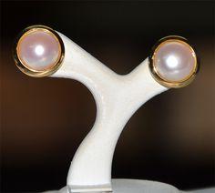 Aretes de oro con perla cultivada