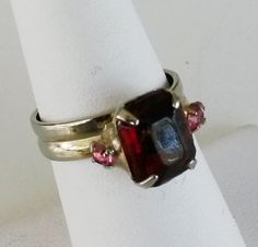 Vtg 1950s Ruby Red Pink Rhinestone Gold Tone Solitaire Adjustable Ring Sz 6.25 #NotSigned #SolitairewithAccents